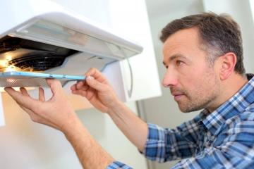 Подключение кухонной вытяжки: советы, ошибки и рекомендации
